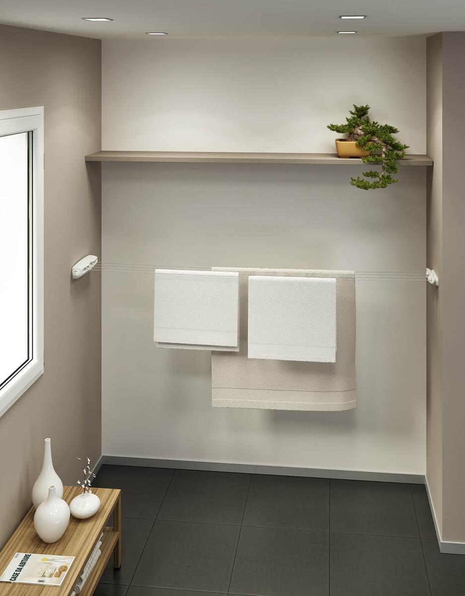 Łazienka z zamontowaną suszarką na pranie Gimi Ring